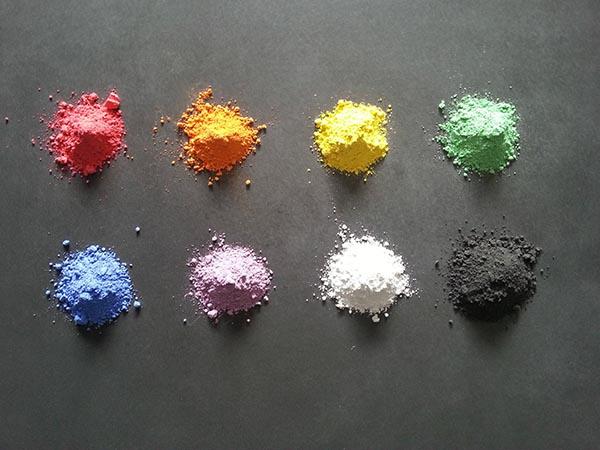 Polymorph barwniki